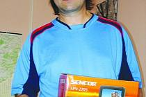 Richard Pavlíček z Petrovic vyhrál po deseti kolech fotbalovou Tip ligu Blanenského Deníku. S náskokem šesti bodů.