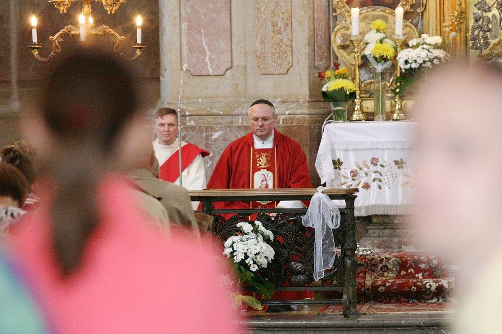 Hasičská pouť ve Křtinách přilákala stovky lidí. Konala se již po sedmnácté.