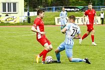 Blanenští fotbalisté (v červeném) na závěr minulé druholigové sezony vyhráli nad Prostějovem 2:1.