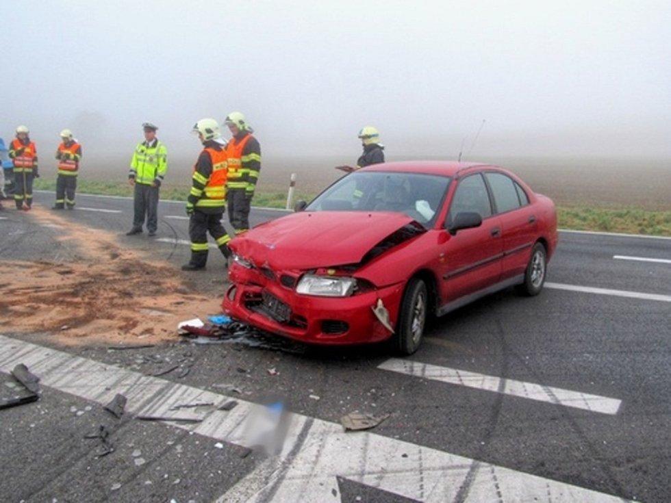 Čtyři nabouraná auta a čtyři zranění lidé. Všichni lehce. Tak dopadla dopravní nehoda na silnici I/43 před obcí Sebranice ve směru na Svitavy. Nehoda se stala v pátek po deváté hodině dopoledne. Úsek byl volně průjezdný až po půl jedenácté.