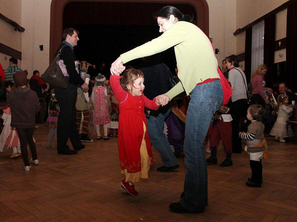 Děti si užívaly den plný masek v boskovické Sokolovně.