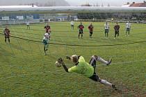 Fotbalisté Ráječka porazili Rousínov 4:2.