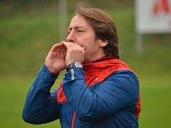 Dnes už bývalý trenér fotbalistů Blanska Michal Kugler proti oblíbenému Pelhřimovu.
