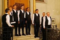 Ze 7. ročníku Setkání moravských a slovinských sborů v synagoze, kde vystoupili mužský pěvecký sbor Bratrstvo a Vachům sbor moravských učitelek v Brna