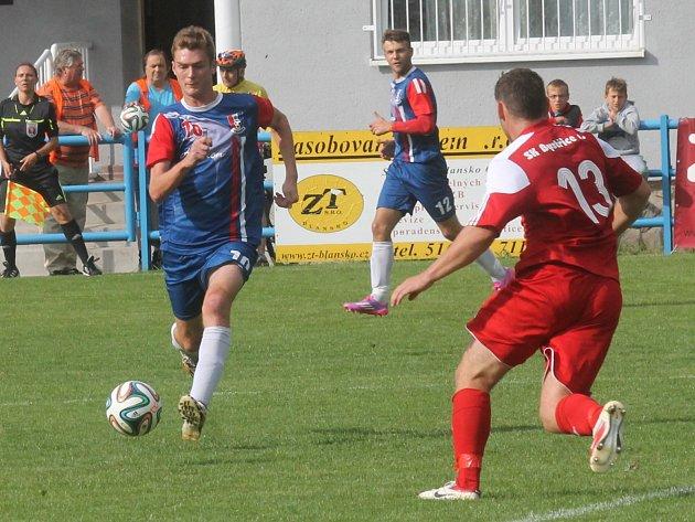 Blanenský hráč Jan Trtílek (vlevo) úspěšně reprezentoval jihomoravský výběr na Regions Cupu v Srbsku. Za ním Ondřej Ullmann, který dal dva z pěti českých gólů.