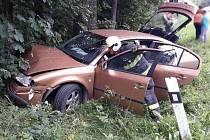 U Ludíkova bourala dvě auta. Děti odvezla sanitka do nemocnice na pozorování.
