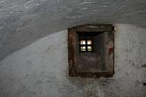 Dělníci se v blanenském zámku probourali do podzemních prostor.