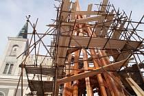 Oprava věží evangelického chrámu ve Vanovicích.