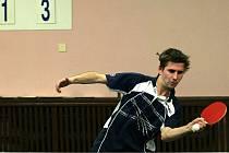 Stolní tenisté Blanska nestačili v sobotu na lídra třetí ligy Moravskou Slávii C a prohráli 8:10. V neděli pak remizovali s favorizovaným Znojmem 9:9. V tabulce je Blansko osmé.
