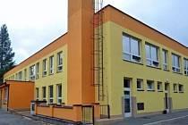 Rozdíl mezi školkou před a po rekonstrukci je znatelný.