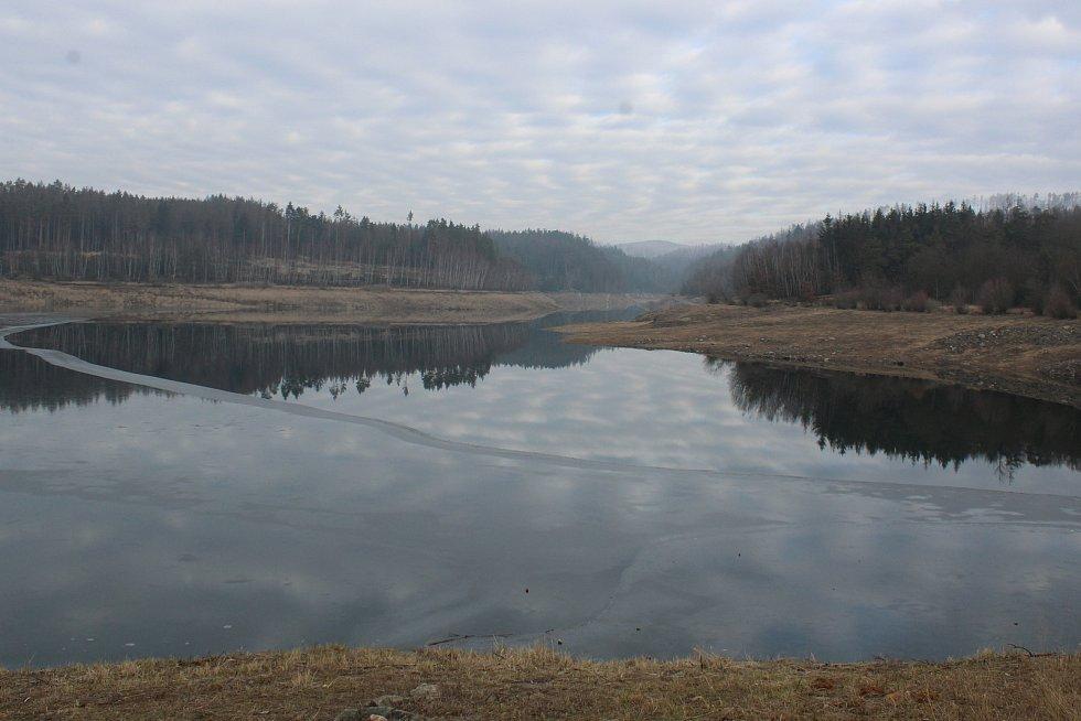 Vodárenská nádrž Boskovice je po rozsáhlých úpravách už z poloviny plná. Má čelit povodním. Uvažuje se také znovu o odběru pro domácnosti.