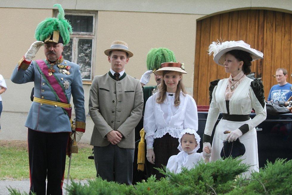 Návštěva následníka trůnu a jeho rodiny ve Světlé nabídla pestrou podívanou.