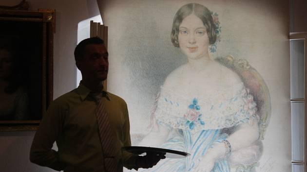Výstava věnovaná rakouské šlechtičně a význačné německy píšící spisovatelce přelomu devatenáctého a dvacátého století Marii von Ebner-Eschenbach.