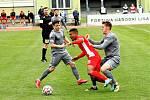 Blanenští fotbalisté (v červeném) zdolali Chrudim 4:1.