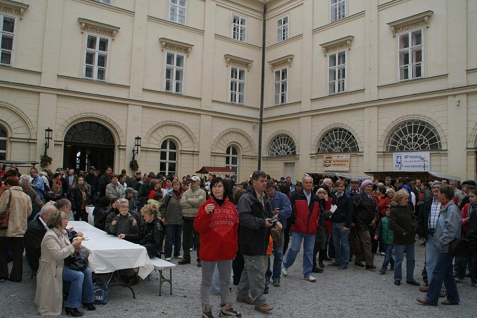 V Boskovicích se konal první ročník Svatohubertských slavností.