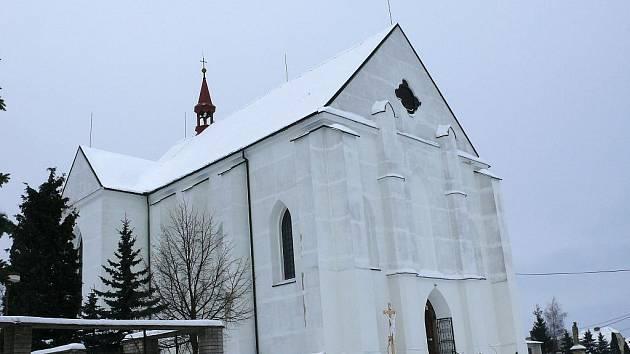 Kostel v Lipovci.