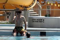 Blanenský aquapark přivítal první návštěvníky.