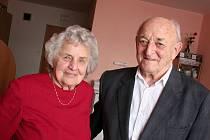 Jiří a Štěpánka Procházkovi oslavili šedesát let společného života.