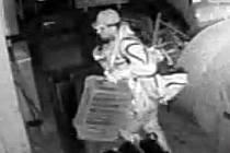 Zloděj ukradl z adamovské lakovny nářadí za více než dvě stě tisíc korun.