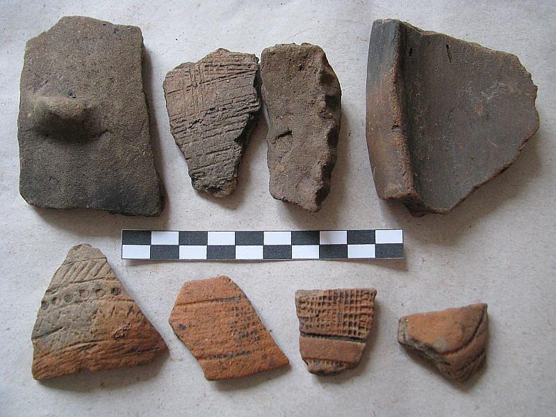 Před více než čtyřmi tisíci lety se v místech za dnešní nemocnicí v Boskovicích usadili lidé, které dnes archeologové označují jako lid kultury zvoncovitých pohárů.