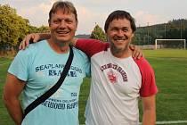Trenér Ráječka Petr Vašíček (vpravo)s jedovnickým koučem Tomášem Šenkem.