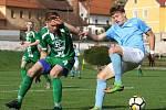 V utkání krajského přeboru fotbalistů remizoval FC Boskovice (v modrém) s Tatranem Rousínov 1:1.