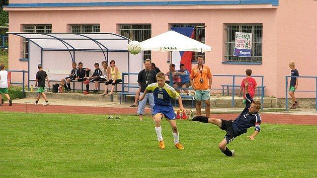 Pětadvacátý ročník memoriálu Miroslava Krabičky vyhráli fotbalisté z polské Legnice. Turnajem mladších žáků prošli bez ztráty bodu a inkasované branky.  Loňští obhájci a několikanásobní vítězové memoriálu z Bohunic neprošli sítem semifinále.