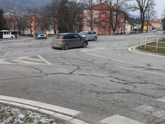 Křižovatka blanenských ulic Sušilova, Masarykova a Nádražní.