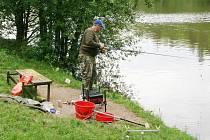 Letovičtí pořádali v sobotu tradiční rybářské závody na tamním rybníku Koupaliště. Do něj nasadili sedm metráků kaprů. Vítěz si odvezl pět tisíc korun.