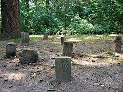Psí hřbitov se nachází vedle zámku v Kunštátě.