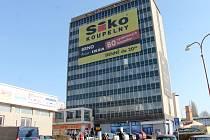 Výšková budova na Wanklově náměstí.