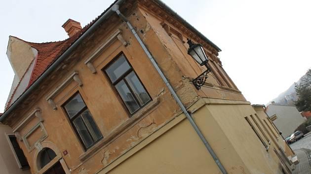 Boskovičtí opraví letos několik památek v Židovské čtvrti. Včetně historických maleb na boskovické radnici.