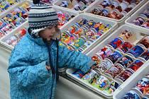 Vánoční jarmark tradičních řemesel a výrobků ovládl již podevatenácté střed Boskovic.