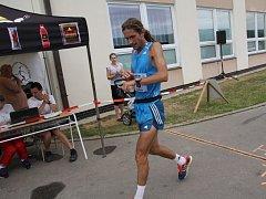 Tři sta kilometrů v sedmi dnech zvládli účastníci Moravského ultramaratonu. V sobotu doběhli do cíle v Lomnici u Tišnova.