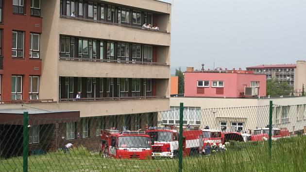 Taktické cvičení hasičů u nemocnice Blansko