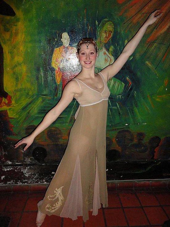 Mladá tanečnice a choreografka Helena Štávová.