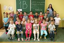 Žáci 1.B ze ZŠ Ronovská v Adamově s učitelkou Lenkou Dohovou.
