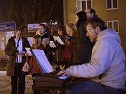 Do projektu Česko zpívá koledy s regionálním Deníkem se zapojili také lidé v Blansku společně s chrámovým sborem MARTINI Band z blanenského kostela svatého Martina.