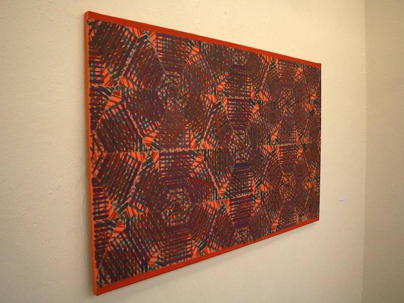 Zdi Galerie města Blanska zaplnila díla výtvarnice Aleny Foustkové.