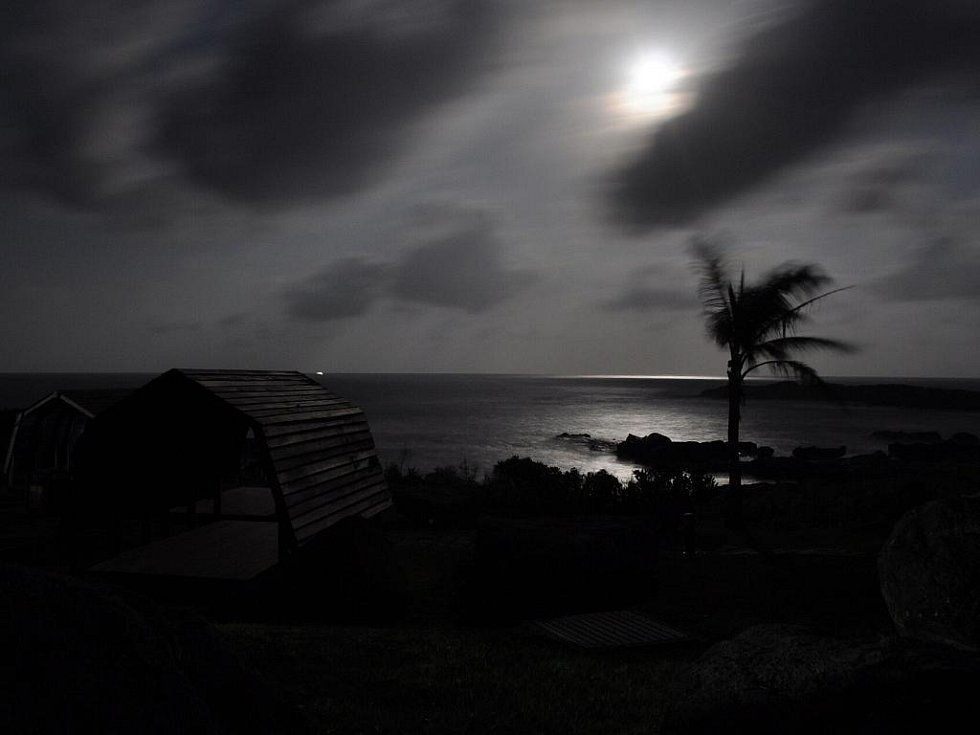 noc u Tichého oceánu