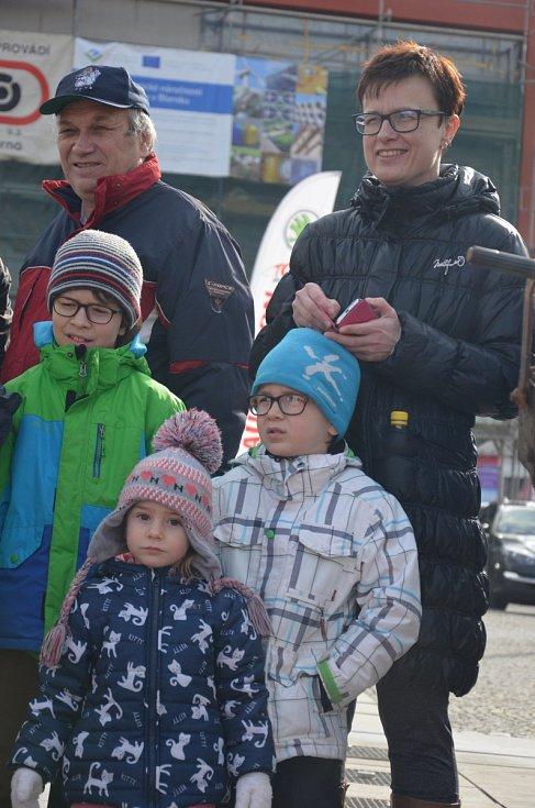 Zabijačkové dobroty voněly v sobotu na náměstí Republiky v Blansku. Hody doplněné zábavním programem tam Kulturní středisko města Blanska uspořádalo už potřetí.