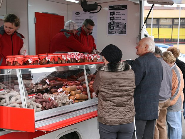 Farmářské trhy na blanenském náměstí Republiky.