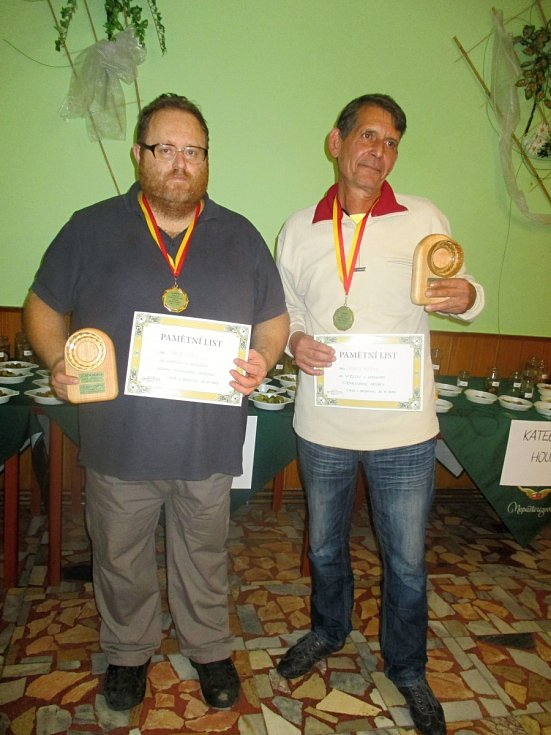Vítězové Jan Fiala (vlevo) a Josef Houdek.