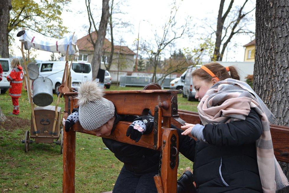 Svatomartinské slavnosti v Blansku lákaly diváky svým historickým programem.