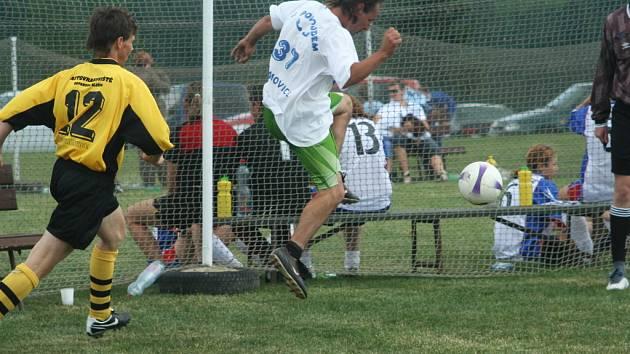 Vilémovický turnaj v malé kopané vyhráli fotbalisté z týmu FC Božkov.