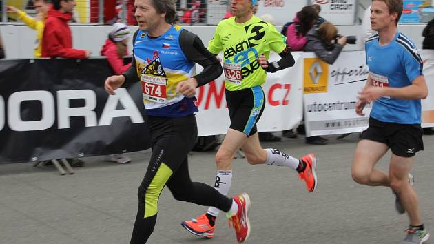 Blanenský běžec Zdeněk Novák při závodě Masaryk run 2014 na brněnském Masarykově okruhu.