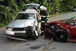 Dvě auta se srazila v pondělí večer u Rájce-Jestřebí. Zranilo se i jedno dítě.