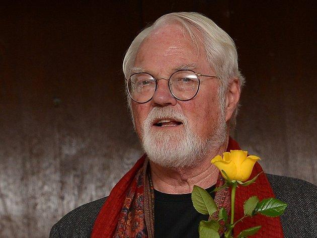 Americký spisovatel Robert Fulghum přijel na Blanensko. V Letovicích a Boskovicích představil svou novou knihu Opravář osudů.