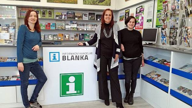 Pracovnice informační kanceláře Blanka.