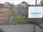 Ulice Sokolská je v Boskovicích ve špičkách přetížená, odlehčit jí má převedení provozu na Štefánikovu. Její spodní úsek je však zatím neprůjezdný.